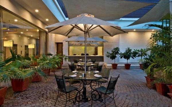 3 Star Restaurants Jaipur with Bar